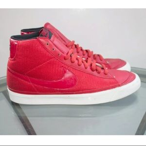 NIKE DUNK MID 09 ND RIP STOP NYLON VARSITY RED